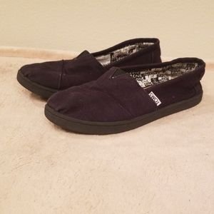 Black Youth Toms
